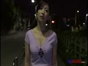 【アダルト動画】性欲真っ盛りのムスコとその友人に集団強姦されてしまうモデル妻(無料)