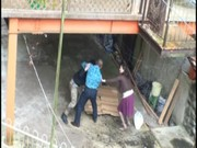 【アダルト動画】DV,親チチにボコボコにされた母とムスコが互いの傷をナメ合うように相姦SEX(無料)