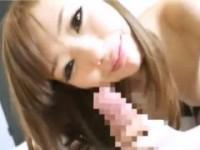 【アダルト動画】乳首ナメに変態手コキにフェラチオチオで楽しそうにご奉仕する白GAL三浦芽衣(無料)
