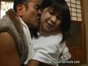 【アダルト動画】小ぶりでカワイいお乳を義理チチに弄ばれ近親ソウカンSEXへ…(無料)
