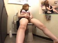 【アダルト動画】トイレにピンクローターを持ち込み脚ピンでおなにーするオネエさん(無料)