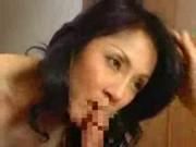 【アダルト動画】成長したムスコが火照る母親の体を満足させるべくガチの近親ソウカン(無料)
