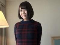 【アダルト動画】(シロウト)性欲強そうなクロ髪ロケット乳GALとHOTELでハメドリSEX(無料)