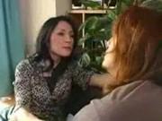 【アダルト動画】「母さんじゃなきゃダメなんだ」ムスコにそう言われ全てを許す母親(1/2)(無料)