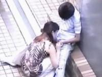 【アダルト動画】ムラムラしちゃったので屋上でフェラチオチオするドSGALを秘密撮影wwwwwwwww(無料)