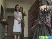 【アダルト動画】邪魔者もいなくなったところで…豊満母親とムスコがねっとりガチSEX☆(無料)