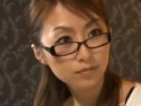 【アダルト動画】眼鏡を掛けたオネエさんがシロウト男性とSEX(無料)