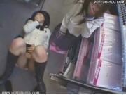 【アダルト動画】ブルセラショップにパンツを売りに来た今時女子校生にアダルトビデオ出演H交渉。そのまま店内でハメドリしちゃいましたwww(無料)