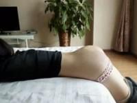【アダルト動画】(フェチ)純白GALのお尻が真っ赤になるまでガチスパンキングwww(無料)
