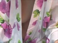 【アダルト動画】カネ魚すくいに夢中な超可愛いロリ顔な浴衣美今時女子校生☆浴衣が乱れてる事も気付かず乳首が見える程の豪快胸チラしてたので秘密撮影したったwww(無料)