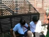 【アダルト動画】ガチセイフクカップルが人気の少ないで外でイチャイチャしてる姿を完全秘密撮影☆撮られてるとも知らず愛撫し合いねっとりSEX開始☆(無料)