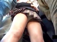 【アダルト動画】( 秘密撮影ムービー )朝の通勤ラッシュの満員BUSでJKに密着して大胆チカンした本物秘密撮影映像☆☆☆※回覧注意(無料)