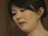 【アダルト動画】勃起したちんこを見るなり裸になりSEXを始める好色人妻の円城ひとみ(無料)