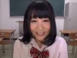 【アダルト動画】塩吹き無毛小娘のディルドおなにー(無料)