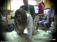 【アダルト動画】カワイいセイフク今時女子校生がキモい店長の汚いちんこをしゃぶり強姦される。(無料)