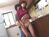 【アダルト動画】台所で洗い物をするヒトヅマのその恵体体がドSに揺れ惑う…(無料)