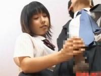 【アダルト動画】男性客を献身的に変態手コキする女性店員(無料)