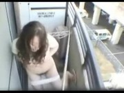 【アダルト動画】えろい事大好きで偏った性癖のヒトヅマが自分の家のベランダでおなにー。(無料)