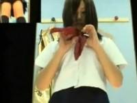 【アダルト動画】(着替え隠盗ムービー)フウゾクのパネル収録をする今時女子校生コスプレ中のフウゾク嬢が着替える更衣室に隠しカメラ…(無料)