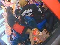 【アダルト動画】( 秘密撮影ムービー )パオチンチン店のコーヒーレディを狙い逆さ撮りパンチラ秘密撮影したガオチンチン映像wwwwwwwwwwwwwww(無料)