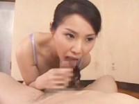 【アダルト動画】銭湯を切り盛りするモデル女将の山口珠理が業者の男に尻をナメまわされるガン突きSEXをする(無料)
