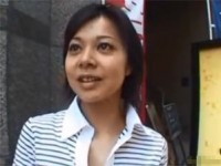 【アダルト動画】街でキャッチされたシロウトオネエさんが変態手コキ暴発www(無料)