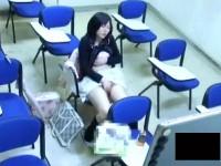 【アダルト動画】( 秘密撮影ムービー )防犯カメラは見た☆☆大学の教室でおなにーする女子大学生を完全秘密撮影wwwwwwwwwwwwwww(無料)