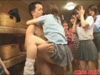 【アダルト動画】(強姦)巨根にムラムラした今時女子校生達が次から次へチ○ポをパックンチョ(無料)