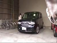 【アダルト動画】(強姦)ヒトヅマの背後から近づく不審な影チ○ポ勃起させた変態の尻射レ○プ(無料)