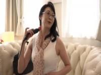 【アダルト動画】(強姦)デカ乳すけべ人妻たちが電動マッサージ機責めおチ○ポフェラチオで犯され感じまくってる(無料)