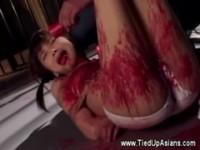 【アダルト動画】(SM指導)足吊り緊縛され燭台にされるツインテール今時女子校生(無料)