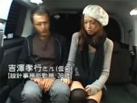 【アダルト動画】逆キャッチしたシロウト男性を車内でフェラチオ抜きするオネエさん(無料)