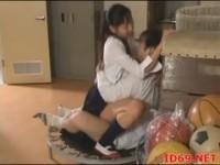【アダルト動画】(SM指導)ブルマを着たポニーテールの今時女子校生と対面ザイで体育倉庫で指導のご奉仕生H(無料)