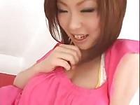 【アダルト動画】(フェチ)浜崎りおむちむち美ロケット乳オネエさんがぷるんと揺れているお乳で挑発してます(無料)