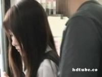 【アダルト動画】(強姦)クロ髪ロング今時女子校生列車でチカン腰を触られる(無料)
