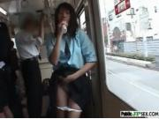 【アダルト動画】ちょ☆車内で玩具を頬張る今時女子校生。日本オワタ・・・(無料)