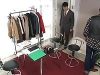 【アダルト動画】(強姦)モデル強姦:借カネ返済の為にマネキンの仕事をする事に何をされても動く事は絶対に許されません(無料)