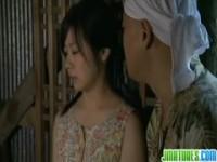 【アダルト動画】(強姦)元カレとその仲間たちに脅されて農機具小屋で強姦される小さい乳小娘(無料)