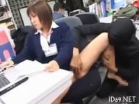 【アダルト動画】(フェチ)透明人間になって勤務中のお姉さんにエッチ☆なオシオキ(無料)