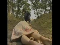 【アダルト動画】(強姦)ランニング中の細身なモデルが人気のないところで強姦魔に襲われ強姦されちゃう(無料)
