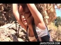 【アダルト動画】 【アダルト動画】《襲う》無人島で誰にもバレずに図々しいGALを襲うする男と女