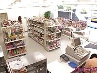 【吉沢明歩】 【アダルト動画】《フェチ》コンビニショップ店員を魅了しSEXで犯す御姉さん吉沢明歩