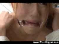 【音羽レオン】 【アダルト動画】《サドマゾ訓育》《音羽レオン》包帯で監禁した美女のまんまんをむりやりオモチャ責め
