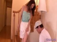 【アダルト動画】 【アダルト動画】《無理やり犯す》エロそうなスイおっぱい美女妻のパイオツに刺すさまじてした引越し業者の男が無理やり無理やり犯す