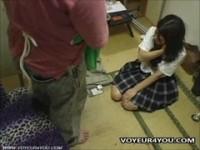 【無料エロ動画】 【アダルト動画】《襲う》万引きがバレてしまった学生には懲罰と記念取材