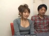 【エッチ動画】 【アダルト動画】ガールフレンドの前でプレイガールのフェラチオでイカされるカレシ