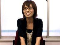 【H動画】 【アダルト動画】S級素人眼鏡娘の美羽ちゃんが恥じらいながらの手コキぶっかけ★