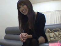 【エッチ動画】 【アダルト動画】面接を受けたS級素人娘愛美ちゃんが一生懸命にシゴいてハンドサービスぶっかけ!!