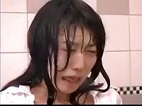 【H動画】 【アダルト動画】《エスエム訓育》ドS女におバス車内ルームで水責め拷問される神カワお姉様