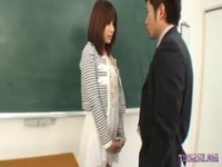 【無料エロ動画】 【アダルト動画】《犯す》教育実習で来たボインの大学生を推薦を餌に暴行レ〇プする極悪教師